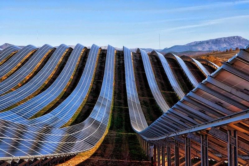 les-mees-solar-farm-5