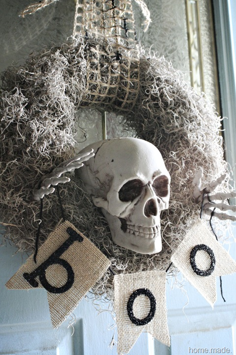 skeleton wreath side