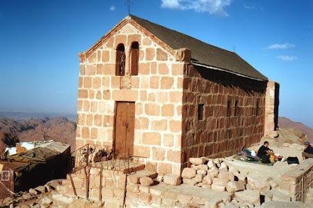 Obiective turistice Egipt: capela ortodoxa pe varful Moise