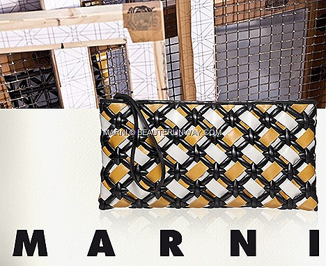 MARNI WOVEN GOAT MADRAS HANDBAG CLUTCH intreccio SUNFLOWER FROST CROSSBODY SHOPPER FRINGE BAG SPRING SUMMER 2012 HILTON PARAGON