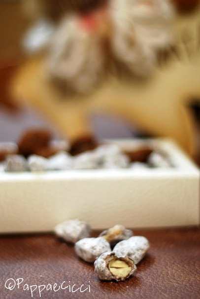 mandorle al cioccolato3