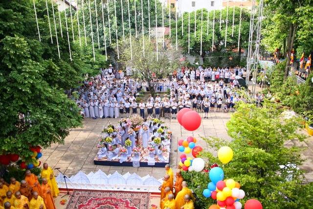 IMG 1812 Đại lễ Phật đản PL 2557 tại Tu viện Quảng Hương Già Lam