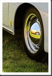 Porsche Speedster kit car reflection