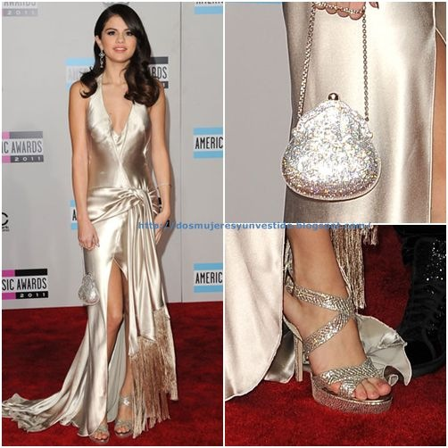 Selena Gomez 2011 American Music Awards Arrivals