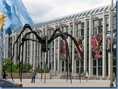 6331 Ottawa  Sussex Dr - National Gallery of Canada - Maman the giant egg-carrying spider