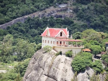 13. Templu budist.JPG