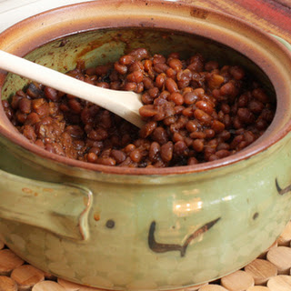 Slow Baked Beans With Molasses and Bacon