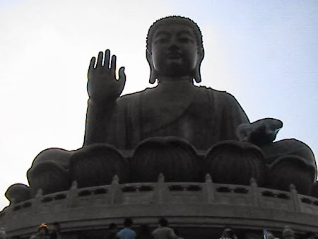 Obiective turistice Hong Kong: Marele Buda
