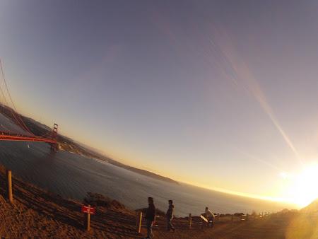 Obiective turistice San Francisco: Golden Gate mai la apus
