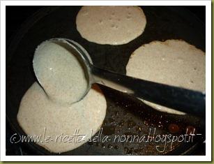 Pancakes ai quattro cereali con latte di soia, zucchero di canna e sciroppo d'agave (7)