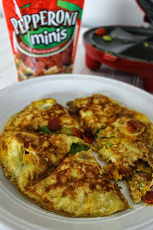 omelet with pepperonis