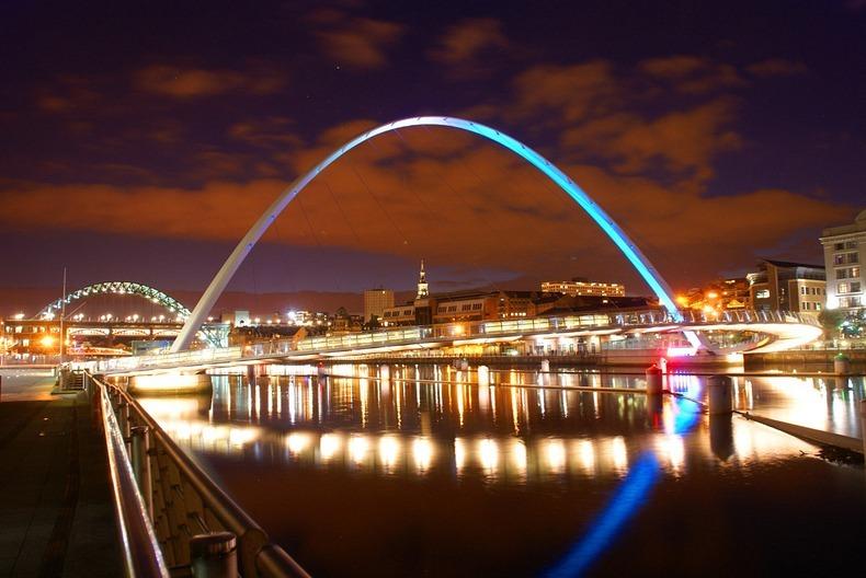 gateshead-millennium-bridge-8