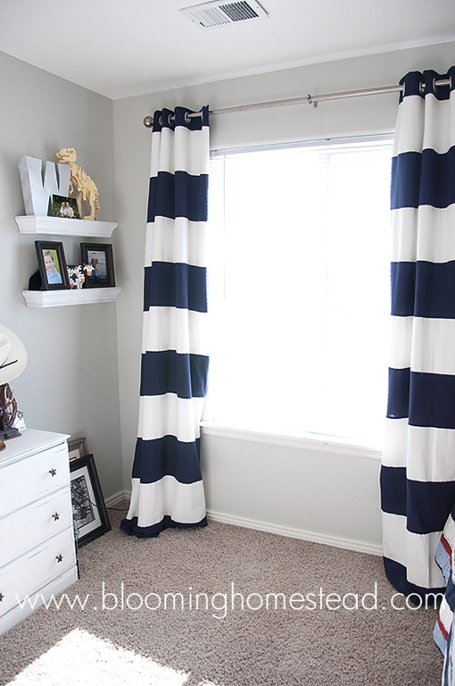 bedroomstripedcurtains