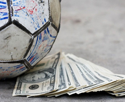 4money_and_old_football-other