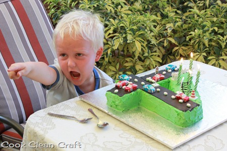 Number 4 Birthday Cake (5)