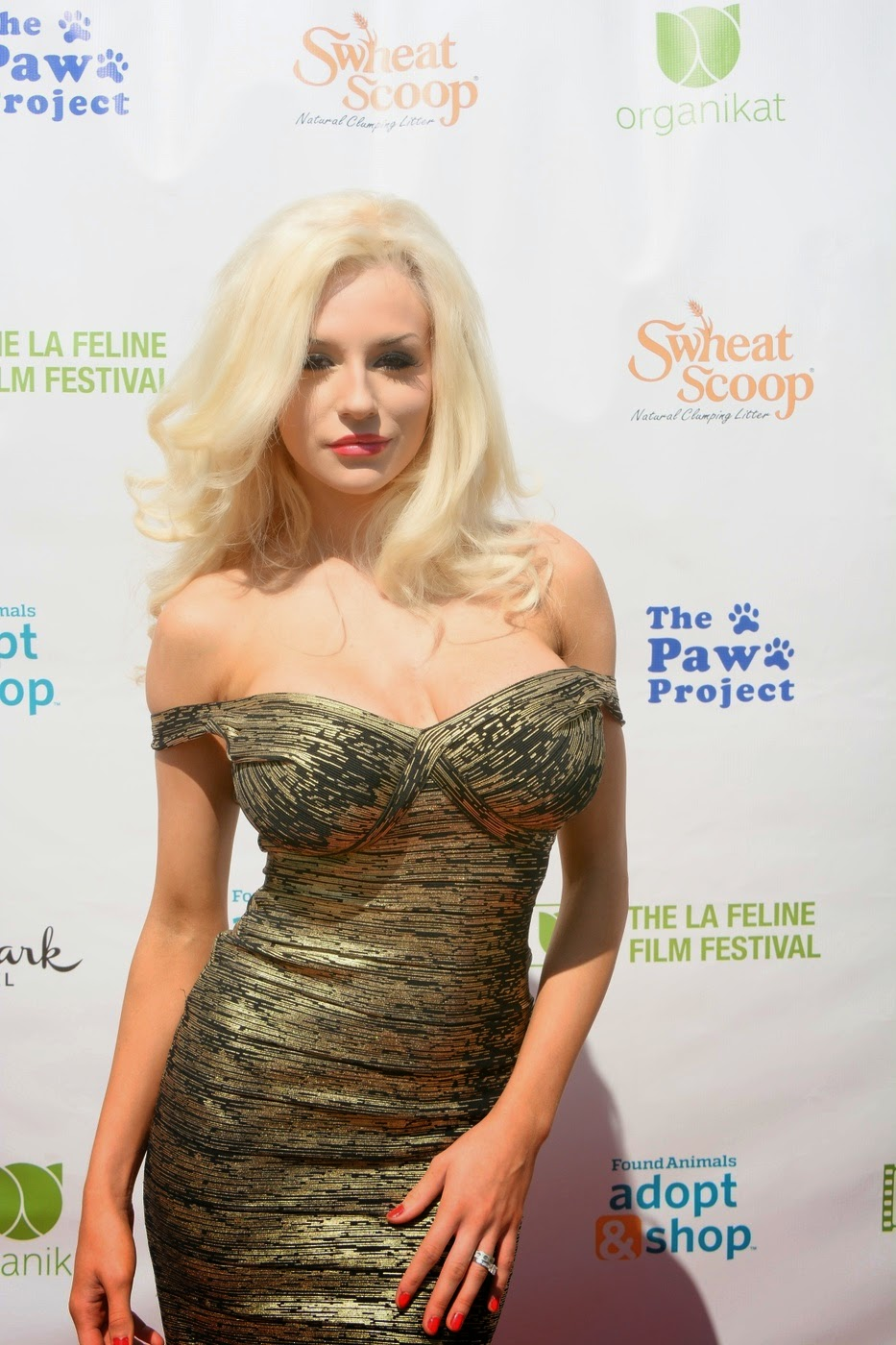 Courtney Stoddens Boobs At The Feline Film Festival