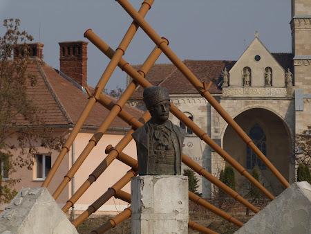 Monumente Romania: statuie Avram Iancu