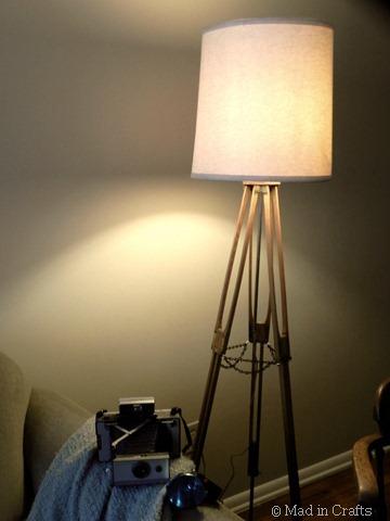 vintage tripod lamp1