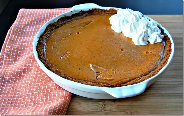 Pumpkin Pie with Biscoff Crust