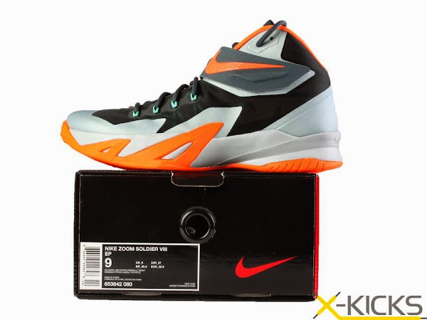 online store ef05a 1e31e First Look at Upcoming Nike Zoom Soldier 8