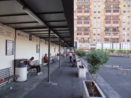 05. Statia autobuz interurban Catania.JPG