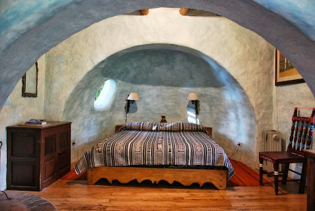 Cazare traditionala Ecuador: Honeymoon Suite Hacienda Cusin