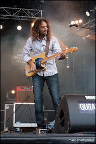 Hednoka-Guitare en Scène 2011-13.jpg