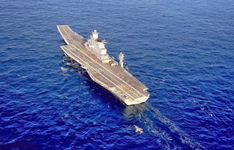 Aircraft-Carrier-INS-Vikramaditya-06-Indian-Navy-R