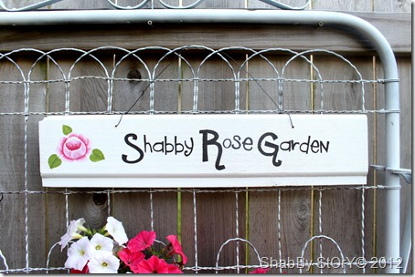 shabby-rose-garden-sign