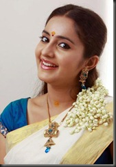bhama_cute_smile_photos