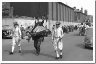 festival-procession-snapdragon-and-whifflers-1951