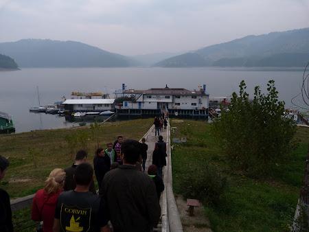 Obiective turistice Neamt: vapor Lacul Bicaz