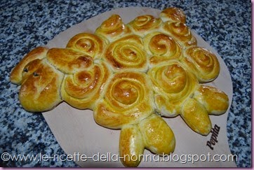 Agnellino di Pasqua di pasta di pane (13)