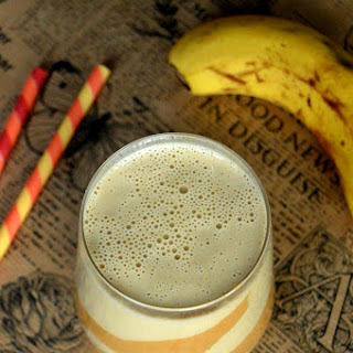 Creamy Banana & Peanut Butter Smoothie Recipe