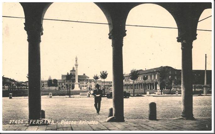 Piazza Ariostea anni '30, Ferrara, Italy