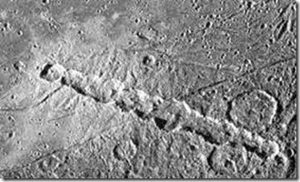 moon structures,