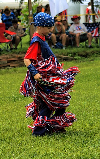 Lenape Powwow Fancy Dancer14