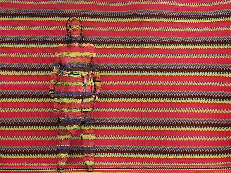 Liu_Bolin_Angela_Missoni_2011