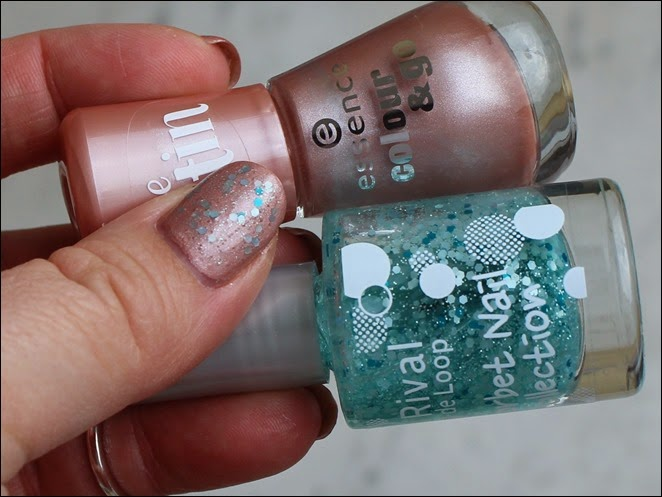 Topper Time Essence Satin Rival de Loop Sorbet Nail Mint 04
