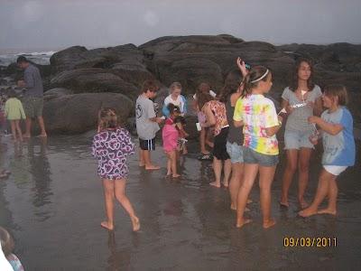 FRA Beach Party - 2011 059.JPG