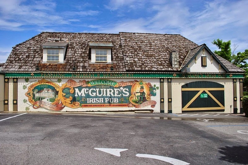 mcguires-irish-pub-8