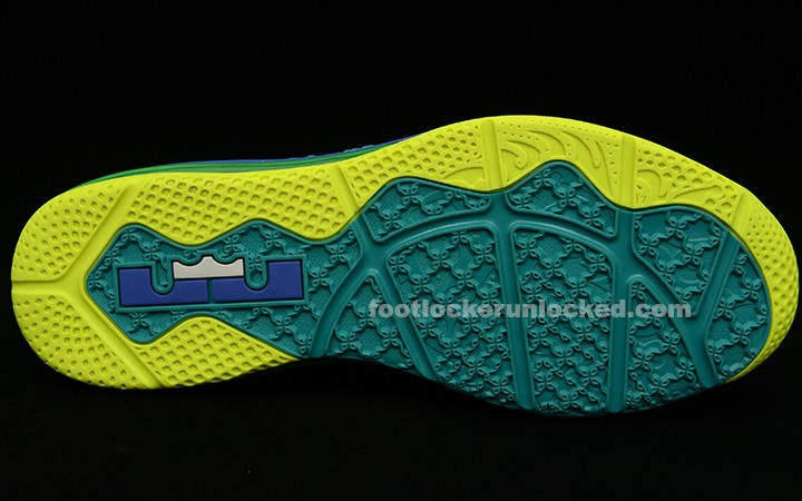 official photos e09bc d6483 ... Release Reminder Nike Air Max LeBron X Low 8220Sprite X Hornets8221 ...