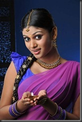 oviya new pic_in_saree