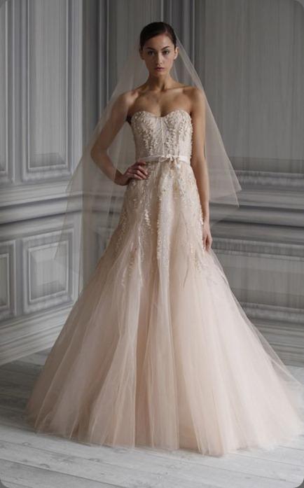 wedding dress Image_12 Monique Lhuillier