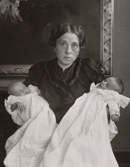 August Sander - The Mother in Joy and Grief - 1911