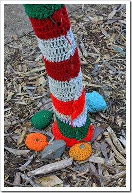 130119_UCDA_AustralianCollection_Natural-Transformations-yarn-bombing_25