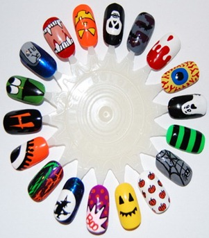 Easy-Halloween-Nail-Art-Designs-To-Master_36