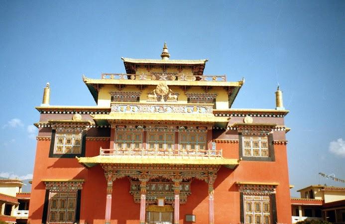 Obiectice turistice Nepal: templu tibetan.jpg