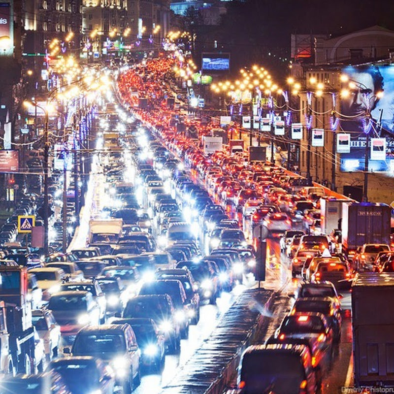 A Night of Traffic Jam in Moscow