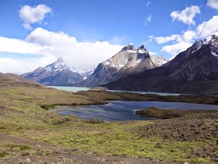 18. Lacul montane - Torres del Paine.JPG